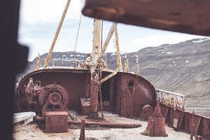 Details of a Rusted Ship (3/6)