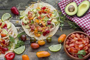 Tortillas with vegetables
