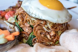 Mie goreng, mi goreng, indonesian traditional fried noodles. Bali island.