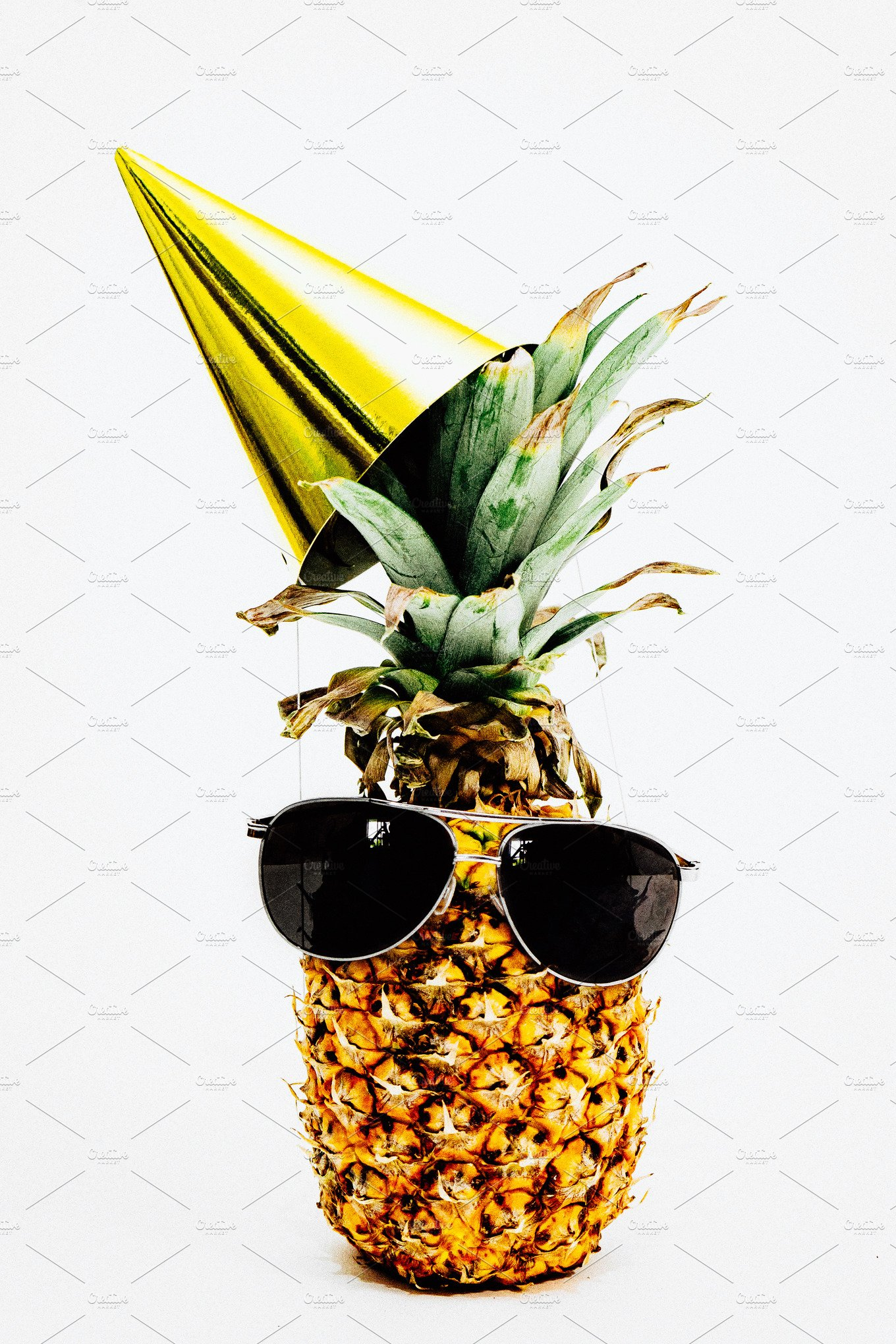Pineapple Happy Birthday Arts Amp Entertainment Photos