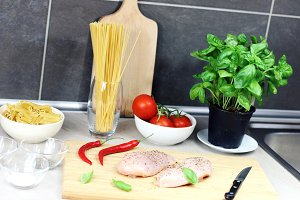 Preparation of meat with pasta