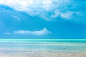 Salambo Sea