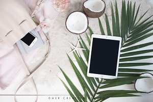 Ipad Styled Mockup, Beach theme