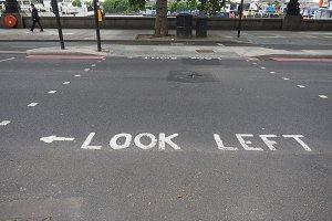 look left sign