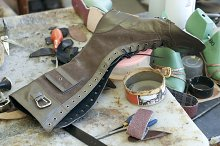 Handmade manufacture of footwear.Unf