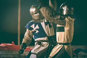 knights fighting