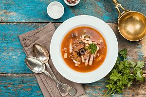 Soup with meat - solyanka