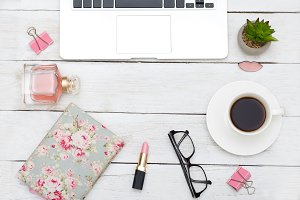 Feminine accessories, desktop