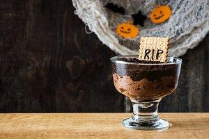 Halloween chocolate mousse