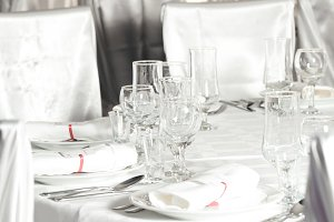 White wedding round table set