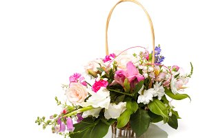 Bouquet pink in basket