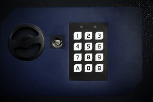 Electronic secure safe