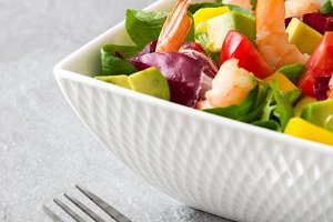 Shrimps salad with mango and avocado