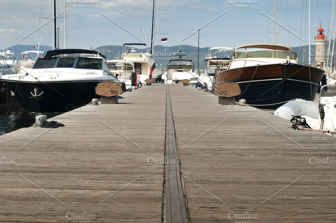 Anchored yachts in St. Tropez - Transportation
