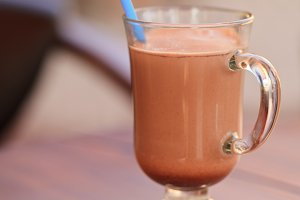 Milk chocolate beverage