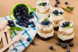 Blueberries and Granola Parfait