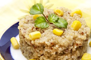 Spring quinoa salad with corn