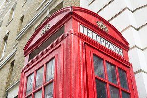 Red Phone cabine in London.