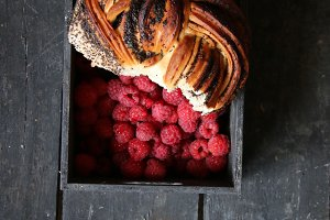 Raspberry and Sweet bun