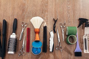 Hairdressing accessories arranged