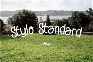 Stylo Standard - hand drawn font