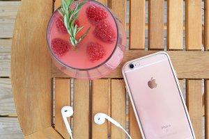 Cocktails + iPhone
