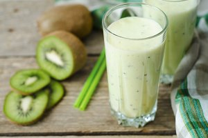 Milkshake with kiwi