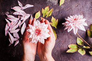 DIY making realistic flowers