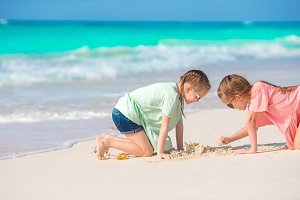 Kids enjoy their holidays on the beach