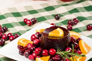 Cranberry sauce on plate
