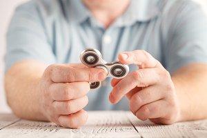 Play aluminium fidget spinner