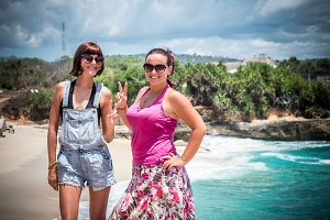 Friends Beach Vacation on tropical island Nusa Lembongan, Indonesia, Asia.