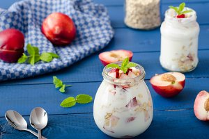 Domestic yogurt with fruit and granola