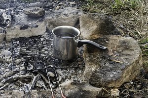 Making tea and coffee in the nature