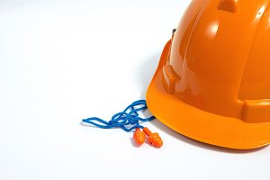 Safety helmet with earplug