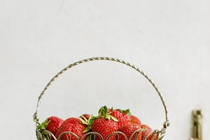 Fresh strawberries in vase