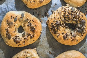 Baking of bagels