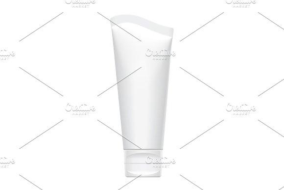 Realistic White Vertical Tube