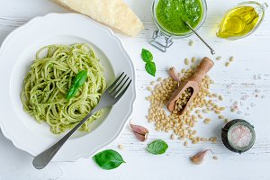 Spaghetti with homemade pesto sauce