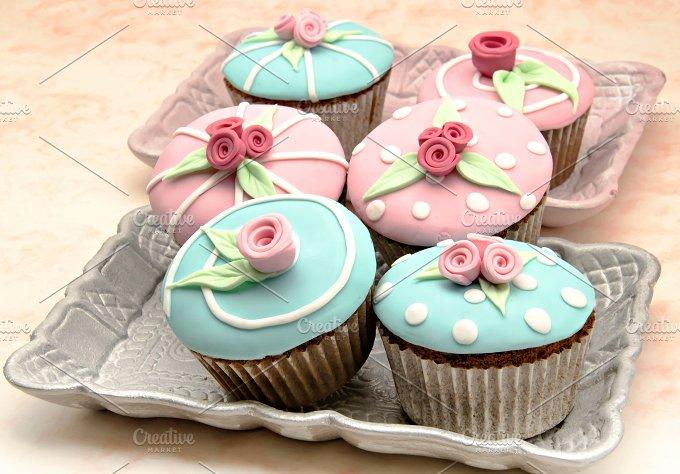cupcakes flor primavera (17).jpg - Food & Drink