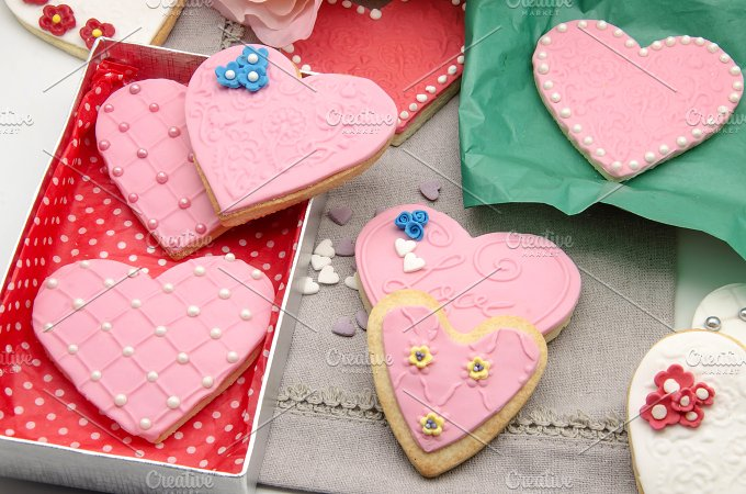 galletas corazon decoradas (60).jpg - Food & Drink