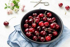 Sweet cheerries harvest