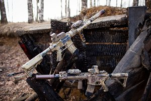 Assault rifles, painted in sand color.