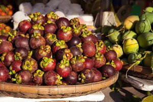 Basket with mangosteen