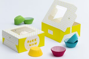 Four Cupcake Box Mockup 04