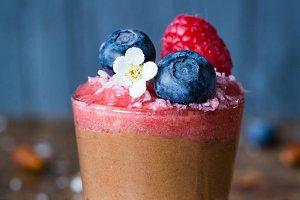 Chocolate berry pudding