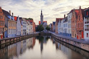 Tipsy canal of Bruges