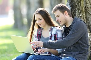 Teens searching content on line