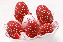 Varios huevos de pascua decorados (1).jpg
