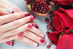 pomegranate art manicure